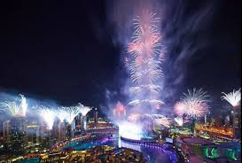 New Year 2014 Fireworks in Dubai at Burj Khalifa – Watch video