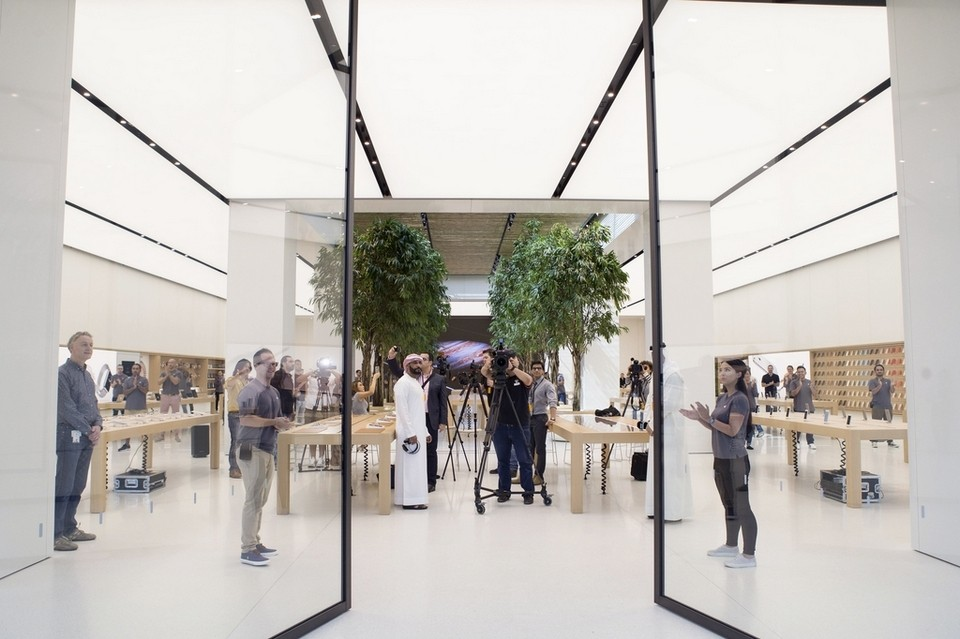 Apple Store in Dubai, Mall of the Emirates