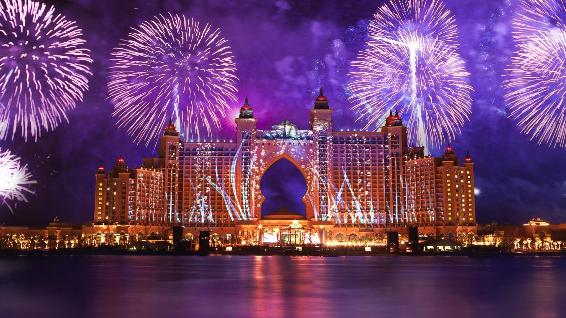 New Year Fireworks 2019 – Atlantis, Palm Jumeirah, Dubai, United Arab Emirates.