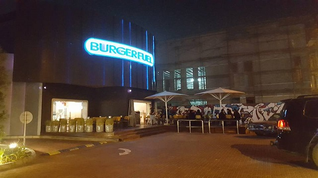 Burgerfuel Restaurant Dubai, UAE - Review - Entrance