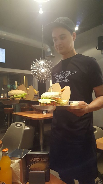 Burgerfuel Restaurant Dubai, UAE - Review - Excellent Service