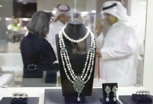 dubai-international-jewellery-week-2014