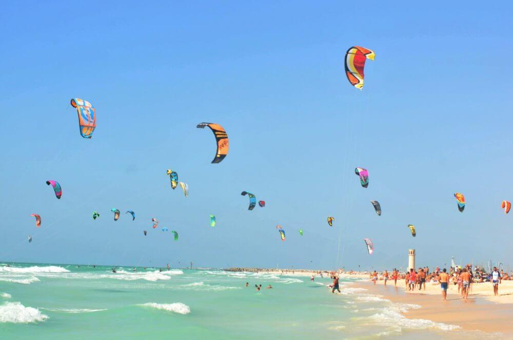 Dubai Kitesurf Competition: Heat 1 on Jan 10th – 11th at Nessnass Beach