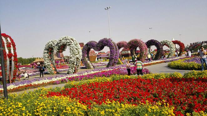 Nearest Car Rental Place >> Dubai travel tour DSF 2016 raffle information UAE visa in dubai car rental hotel booking