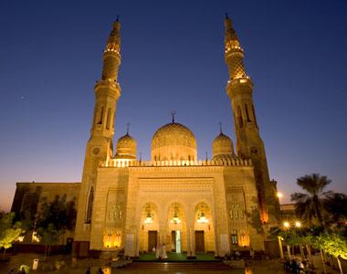 Jumeirah Mosque Dubai | Places to Visit in Dubai