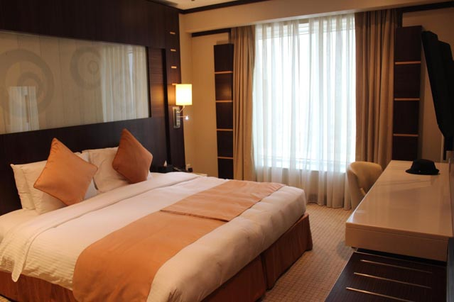 Emirates Grand Hotel Dubai UAE Review - Deluxe Room - Free WiFi