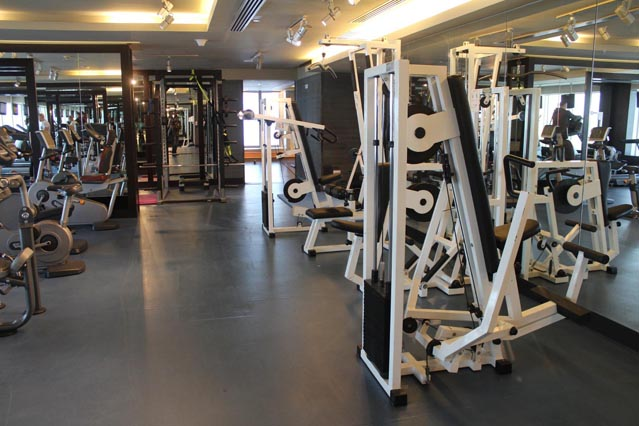 Emirates Grand Hotel Dubai UAE Review - Gym - With awesome view