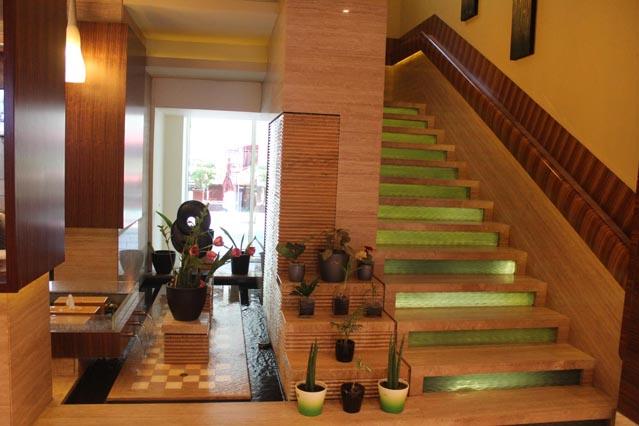 Emirates Grand Hotel UAE Review - Interior