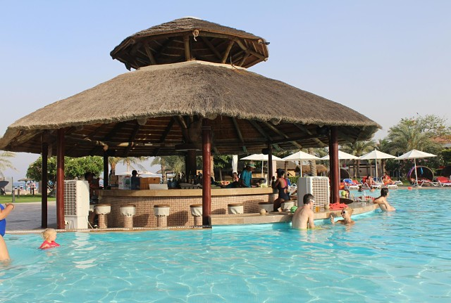 Fujairah Rotana Hotel, UAE - Pool Area