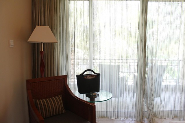Fujairah Rotana Hotel -Bedroom
