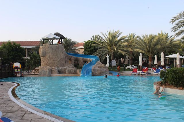 Fujairah Rotana Hotel - Pool