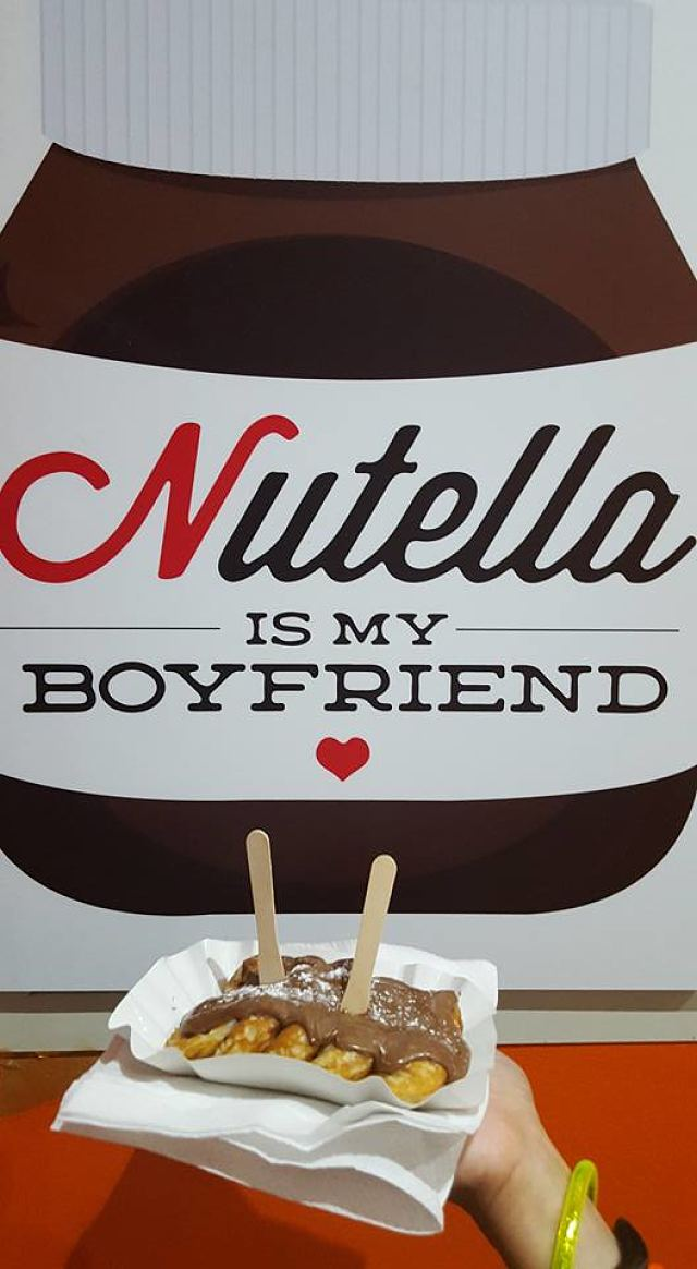 Holland House Mini Pancakes, Dubai, UAE - Review - Nutella Pancakes