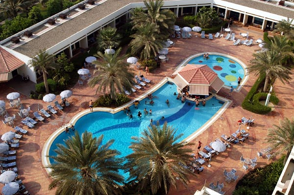 Kempinski Hotel, Ajman Review - Pool Area Bar - Variety of Chilled Beverages