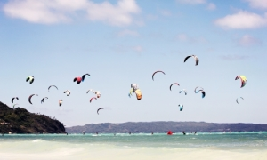 Kitesurfing school in Dubai   Kitesurfing classes in Dubai