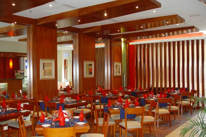 Ritzy Palm Restaurant - Restaurants With Party Hall in Dubai,