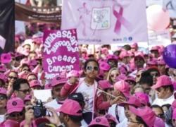 Burjuman pink walkathon 2014 in Dubai